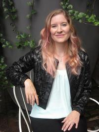 Tracy Banghart (autor de Iron flowers) - Babelio